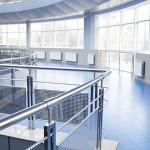 Metall Geländer im öffentlichen Gebäude